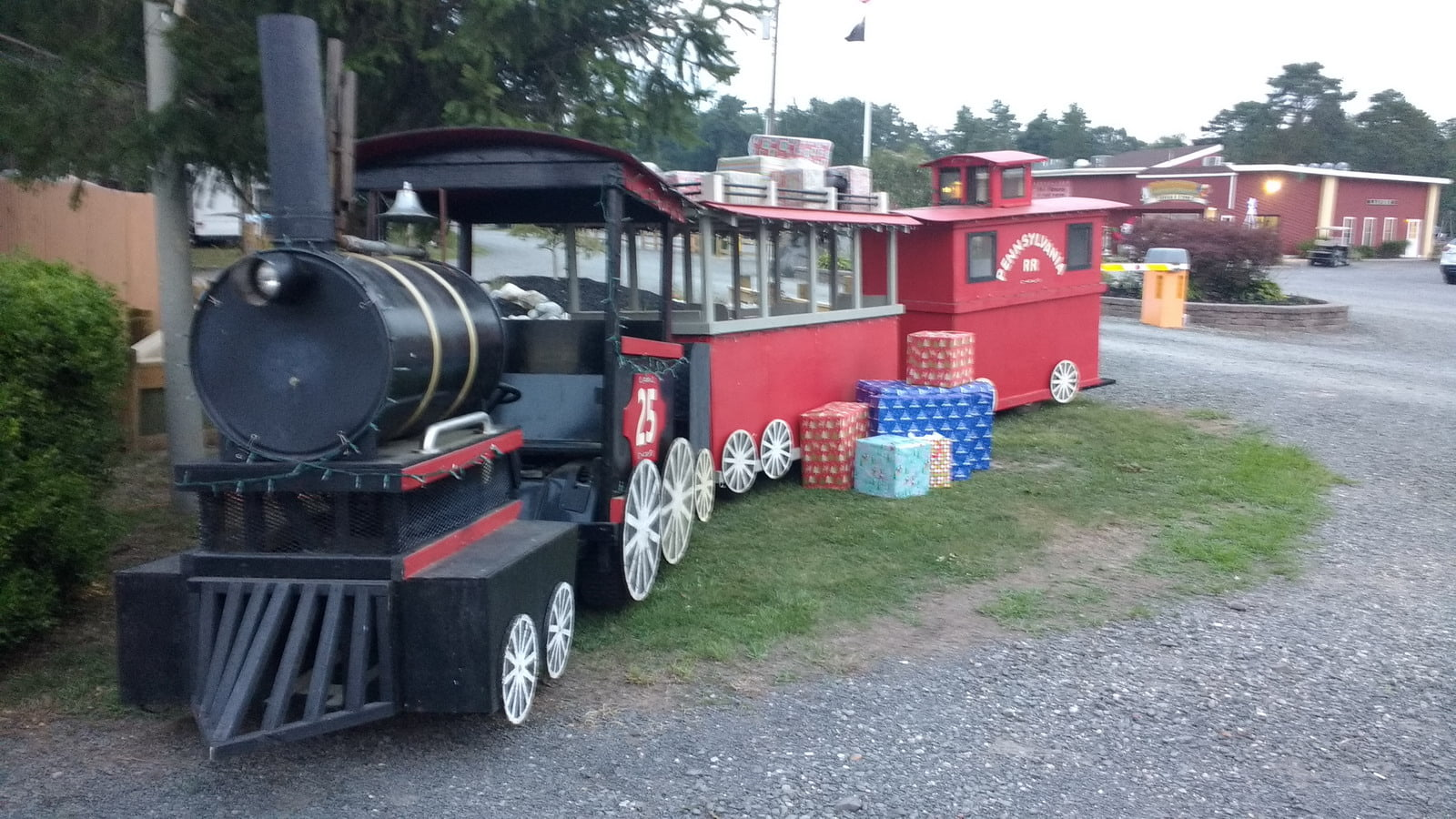 Read more about the article Christmas in July and Campground Activities